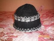 Продаётся шапка двухсторонняя.
